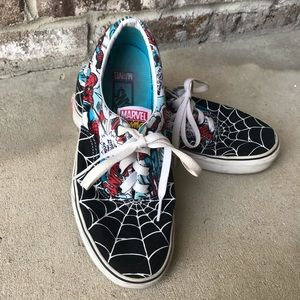 Vans Marvel Spider-Man Low Top Sneakers
